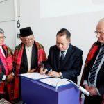 Dua Dosen Fakultas Kedokteran UMSU Mempresentasikan Karya Ilmiah di Universitas Goethe Jerman